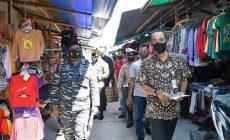 Permalink ke Sinergi Plt. Asisten I Pemkab Natuna Bersama TNI-POLRI Bagikan Masker