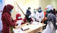 Permalink ke Fitri Pantau Vaksinasi 120 Pegawai PMI Palembang