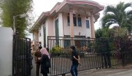 Permalink ke Kejati Geledah Rumah Tersangka Dugaan Kasus Korupsi Masjid Sriwijaya
