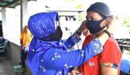 Permalink ke Ketua TP PKK Natuna Bagikan Masker Gratis di Serasan dan Subi