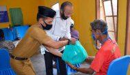 Permalink ke Bupati Hamid Rizal Serahkan Bantuan Sembako di Bunguran Timur Laut