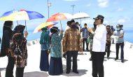 Permalink ke Ke Pulau Laut, Bupati Natuna Serahkan Bantuan Sembako